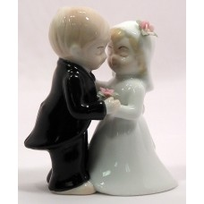 Cute Couple Cake Top